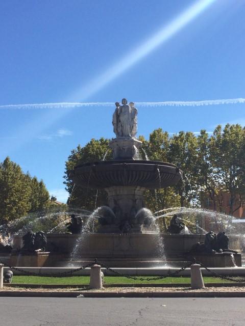 aix-en-provence-fountain