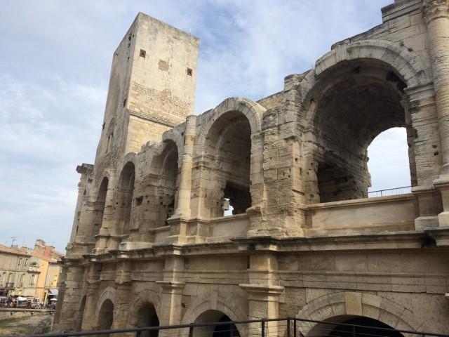 arles-amphitheater