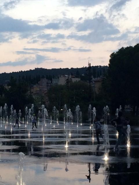nice-place-massena-fountains