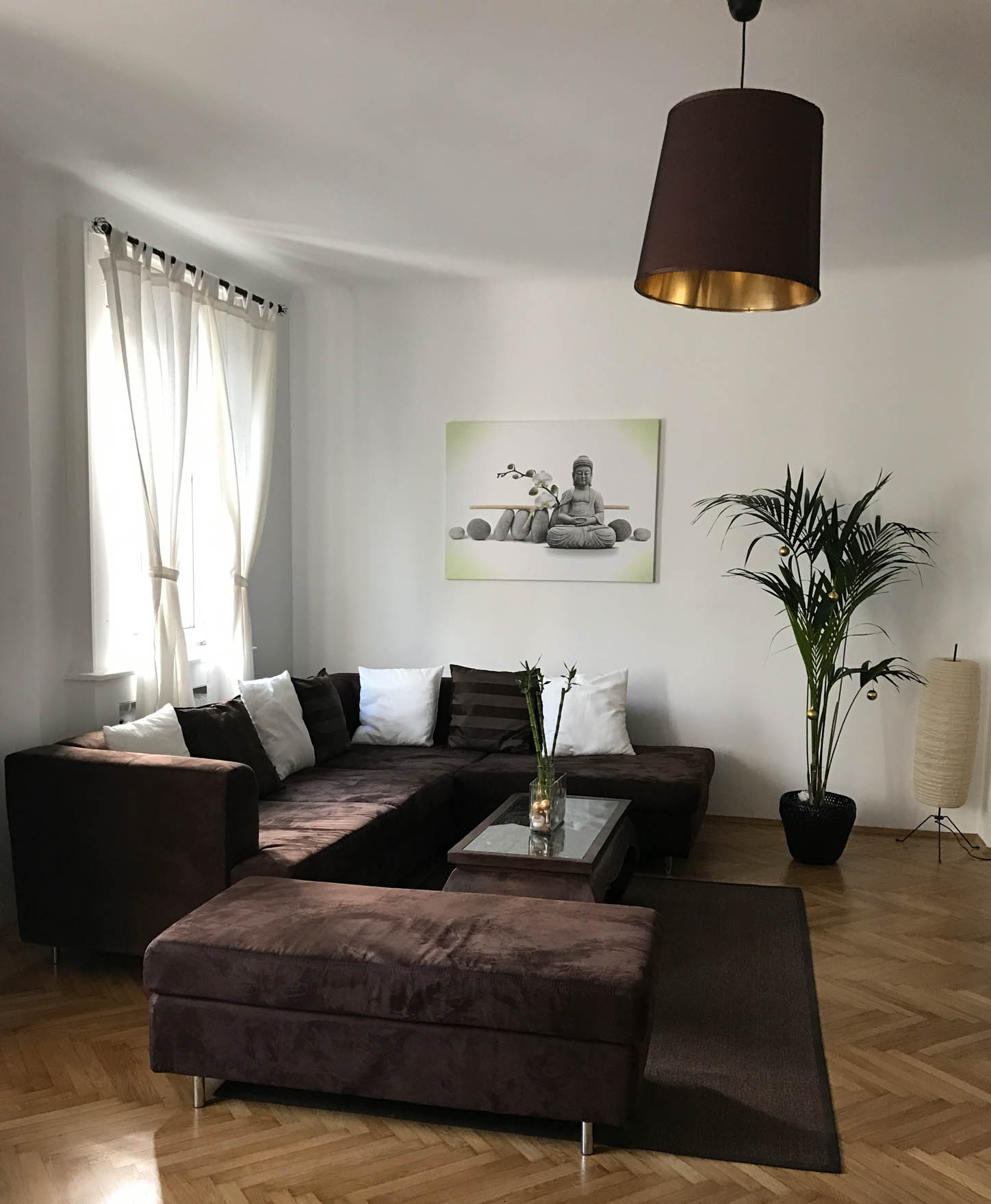airbnb-livingroom